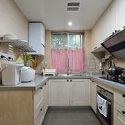 U字型的厨房展示