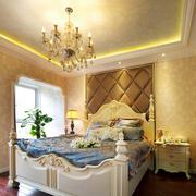 温暖卧室软包背景墙