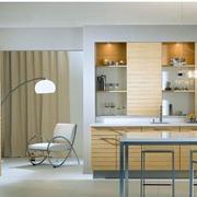 厨房黄色橱柜