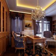 温馨的实木书房