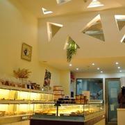 蛋糕店新颖造型吊顶