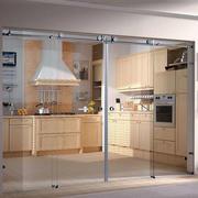 厨房透明门设计