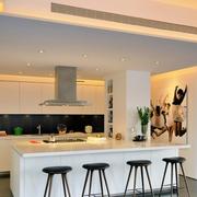 厨房白色时尚吧台