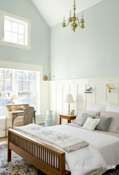 不得不看的小复式楼斜顶阁楼卧室装修效果图