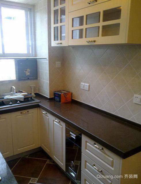 90平米大户型传神的欧式厨柜装修效果图