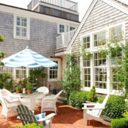 现代简约的别墅花园