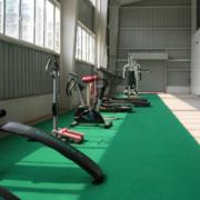 健身房青色地板