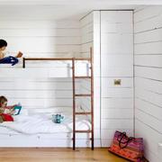 白色实木儿童房