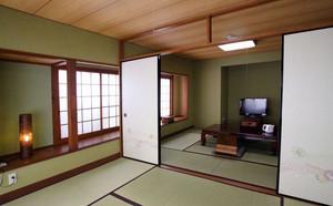 日式传统的榻榻米
