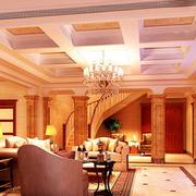 温馨暖色调的客厅