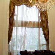 大户型的客厅窗帘