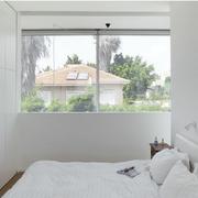 白色小户型的卧室