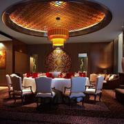 中式现代化的餐厅