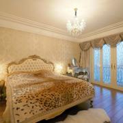 卧室素雅的窗帘