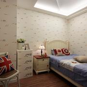 儿童房简约小床