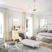 别墅卧室白色窗帘