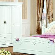卧室小型的简欧衣柜