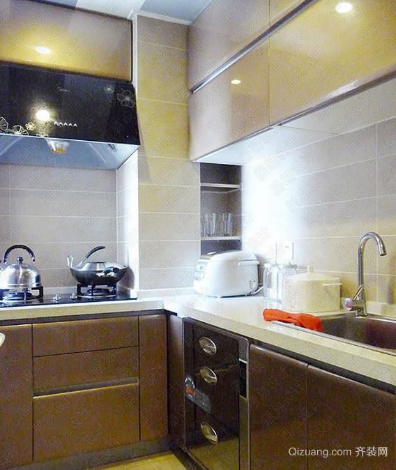 精雕细琢的中式厨房装修效果图