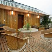 小木屋别墅露台