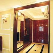大户型客厅鞋柜