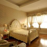 温馨暖色的卧室