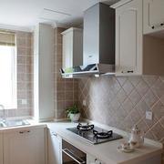 俊秀的家居厨柜