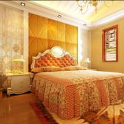 温暖的大户型卧室