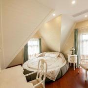 造型别致的别墅卧室
