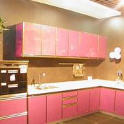 现代粉色系的橱柜