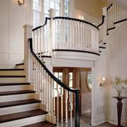 现代实木宜家的楼梯