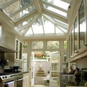 阳光房现代简约厨房