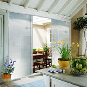 简约现代化的厨房门