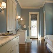 卫生间浅蓝色墙面