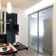 厨房实用的家居门