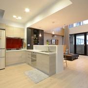 厨房实用的吧台