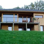 自建的木屋别墅