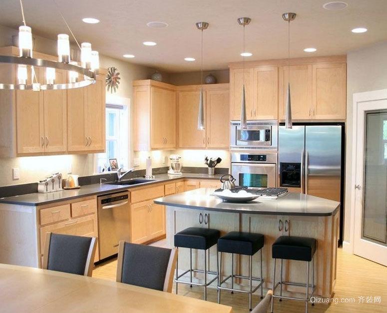 大户型令人瞠目的现代豪华厨房厨柜装修效果图