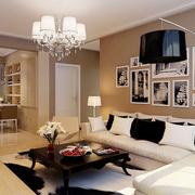 现代简约的客厅照片墙