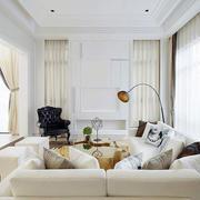 白色优雅的客厅欣赏