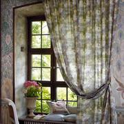 飘逸的飘窗窗帘