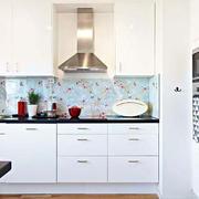 厨房白色家居橱柜