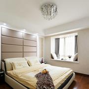 温馨舒适的别墅卧室