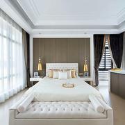 白色优雅的卧室