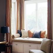 现代化的飘窗窗帘