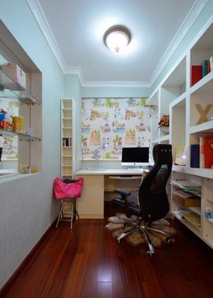 小户型家庭书房书桌