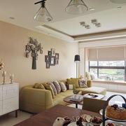 客厅新颖沙发背景墙