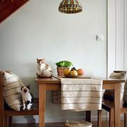 小户型人家餐厅图
