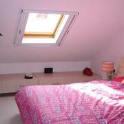 小阁楼卧室天窗展示