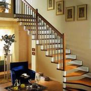 复式楼精致的楼梯