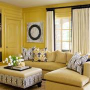 暖色调的家居客厅